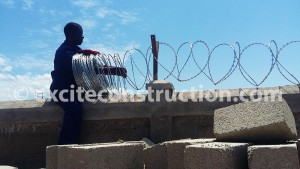 razor-wire-fixing-for-the-boundary-wall-at-sgs